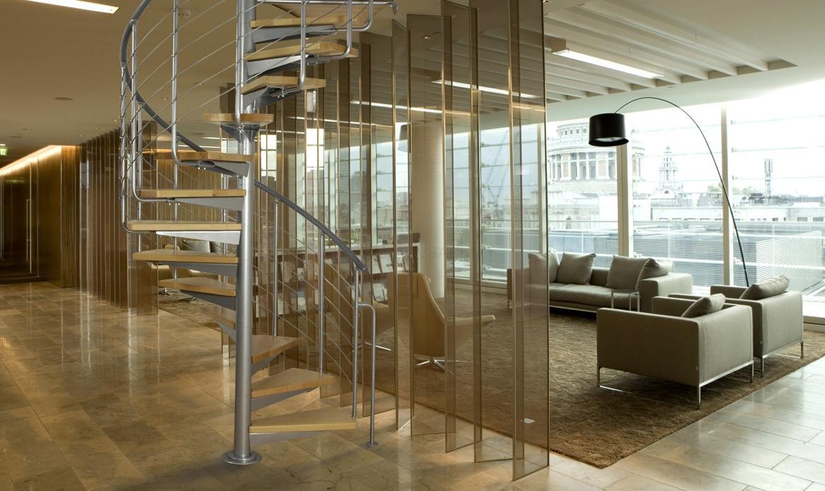 Vřetenové schodiště SYSTEM EASY 120